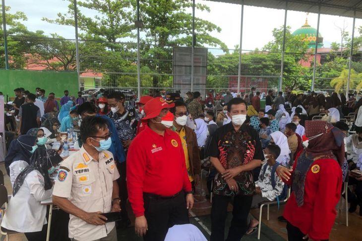 BIN hosts student vaccinations in Padang