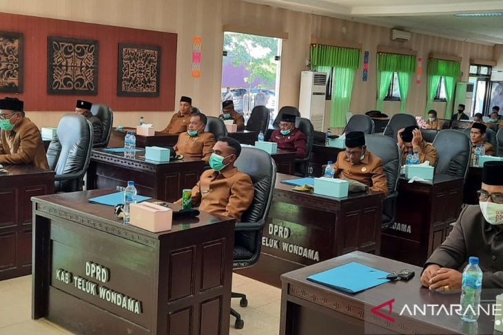 DPRD Wondama tetapkan APBD perubahan