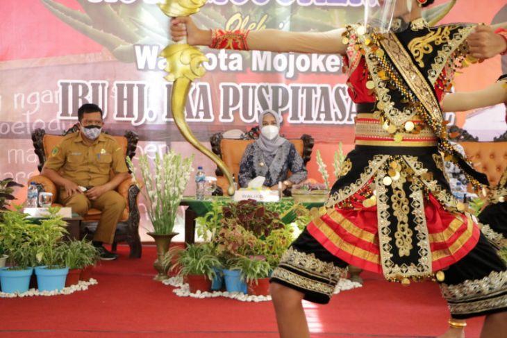 Usung konsep Smart City berbudaya, Stan Expo Kota Mojokerto banyak dikunjungi kepala daerah
