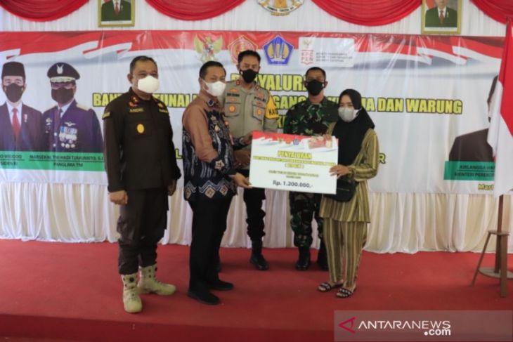 Wawali apresiasi program BTPKLW-TNI bantu masyarakat di tengah pandemi COVID-19