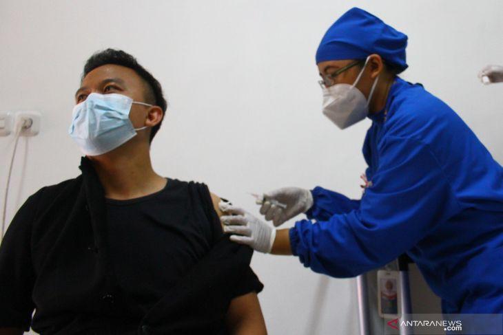 Vaksinasi COVID-19 seluruh warga Kota Malang diharapkan rampung akhir 2021