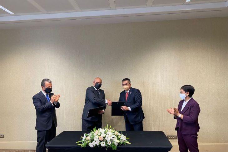 Waskita Karya inks cooperation pact with Turkish contractor Nurol