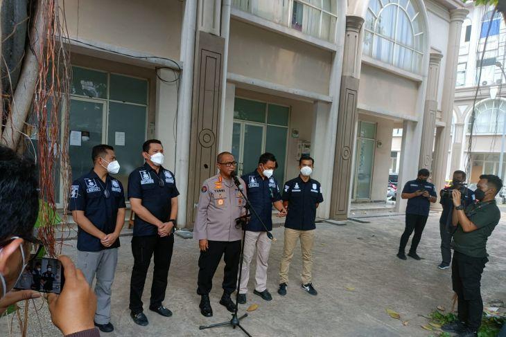 Polisi gerebek tempat usaha pinjol ilegal di Tangerang