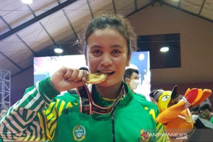 Unimed beri bonus peraih medali PON Papua