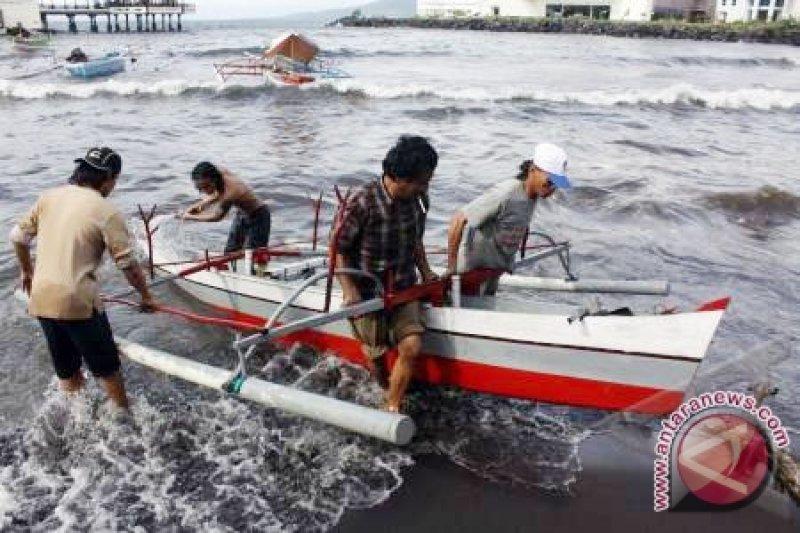 Tangkapan nelayan menurun akibat cuaca buruk
