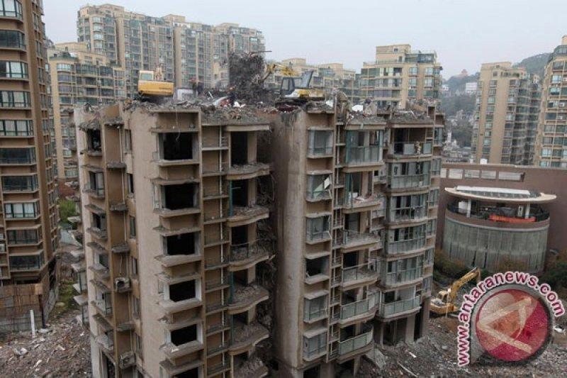 Empat orang anak tewas tertimbun tanah galian di Yuanyang, China