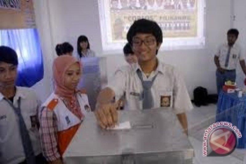 Pemilih pemula di Kulon Progo rekam KTP elektronik