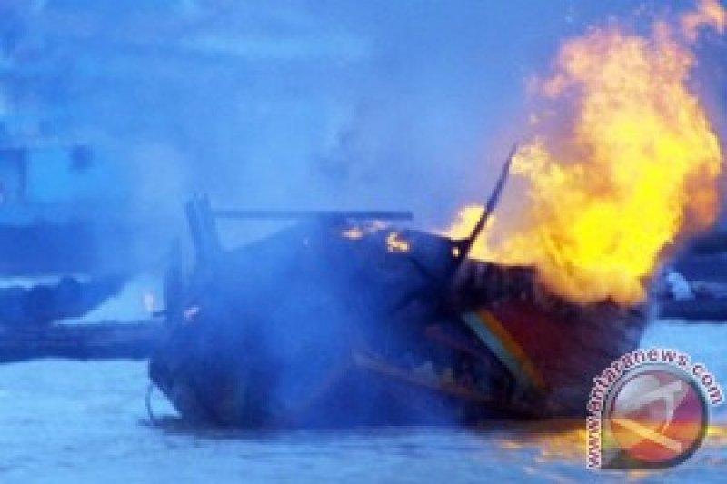 Kapal Tangker Terbakar Satu ABK Tewas