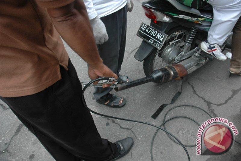Dishub Sleman uji emisi kendaraan di kampus