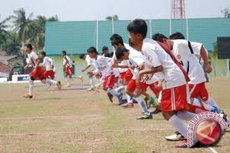 Kemenpora akui kelemahan sepak  bola di pembinaan usia dini