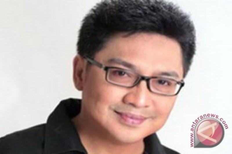 Riasan manekin andalan Rudy Hadisuwarno 2013