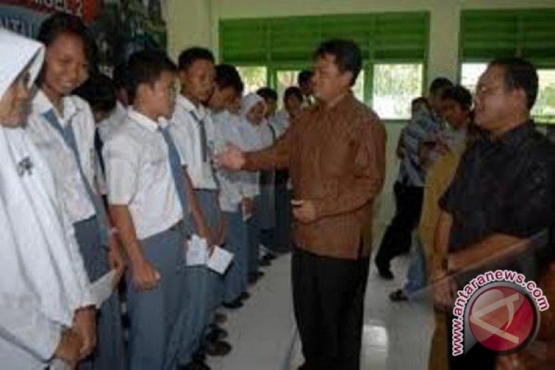 Siswa Indonesia Ikuti Kompetisi Intel Di Amerika Serikat