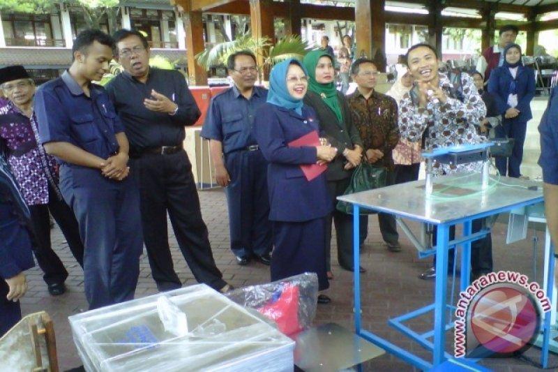 271 kelompok perikanan terima bantuan peralatan usaha
