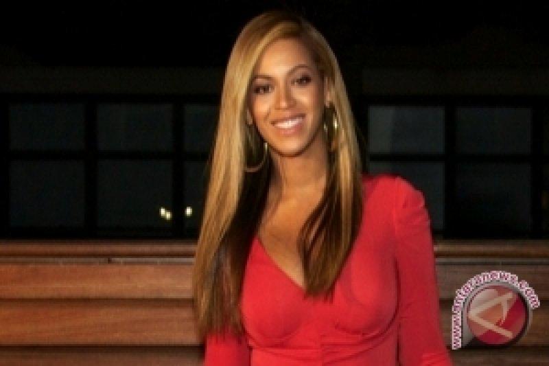 "Beyonce Tolak Peran di ""Beauty and the Beast"""