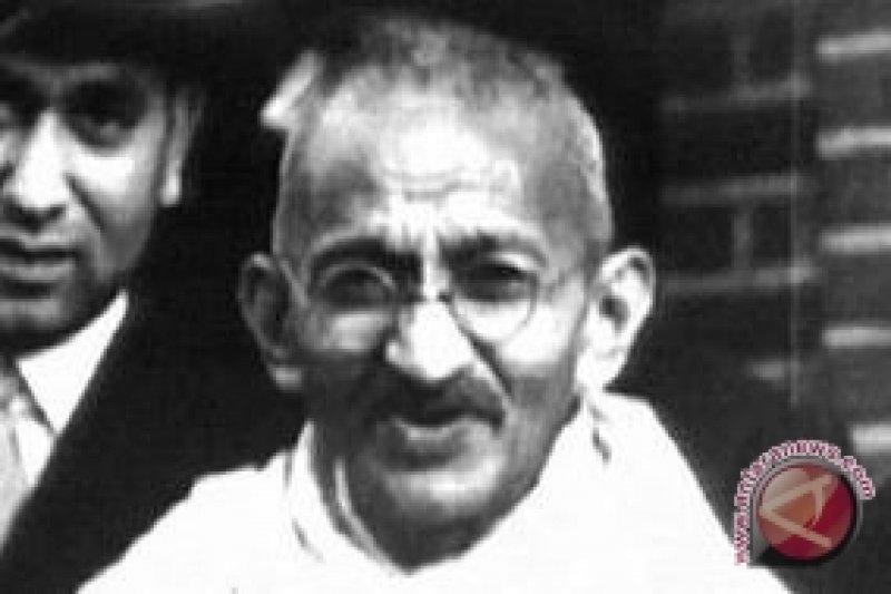 Inggris pertimbangkan uang logam buat mengenang Mahatma Gandhi