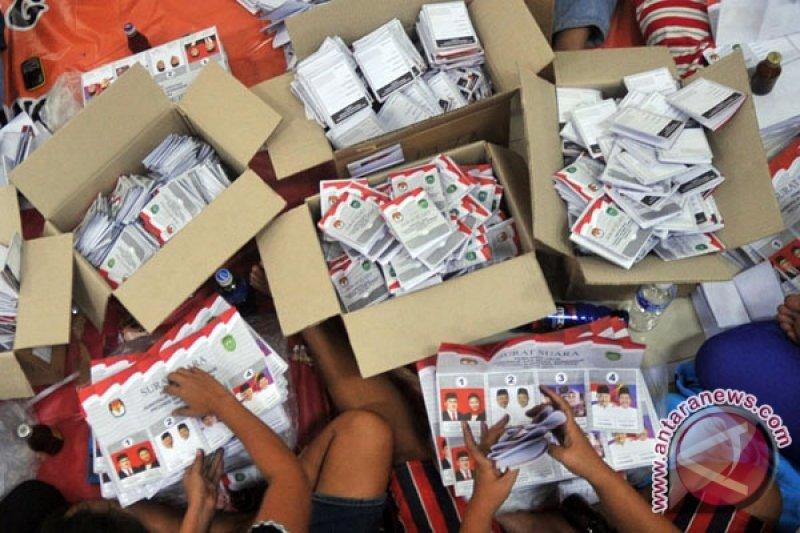 KPU Palembang temukan 600 lembar surat suara rusak