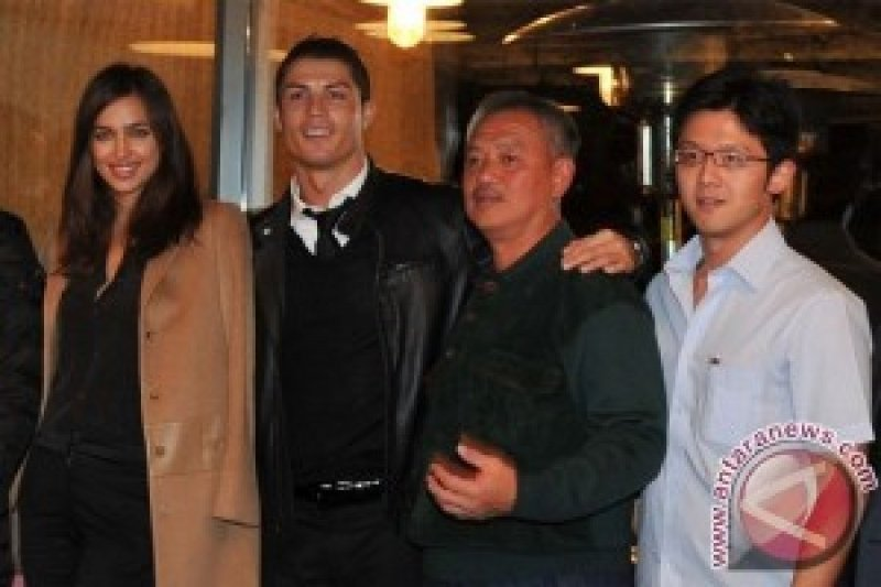 """Save Our Earth"" Sambut SBY dan Ronaldo"
