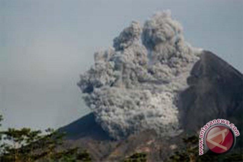 Dominasi letusan magma Merapi 21 Mei