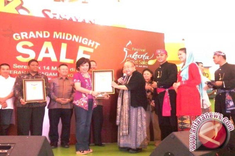Grand Midnight Sale Jakarta Pecahkan Rekor MURI