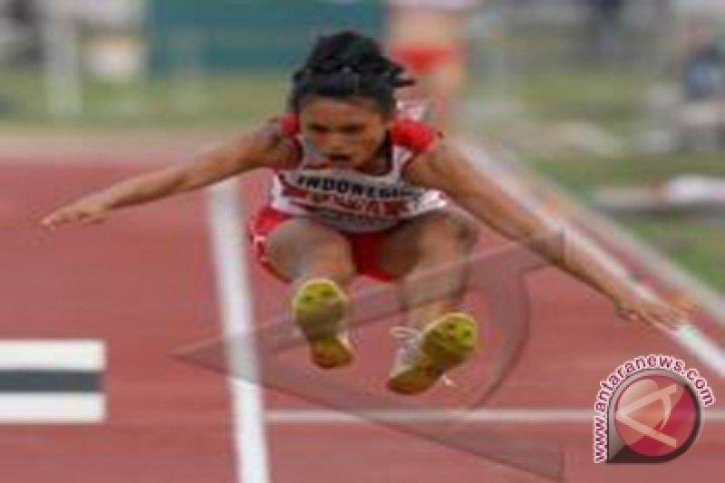 Maria Natalia pecahkan rekor nasional lompat jangkit