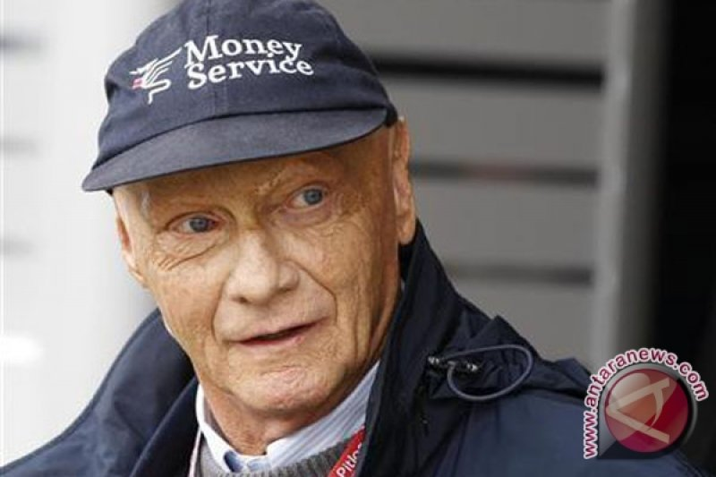Mercedes berharap kondisi Lauda segera pulih