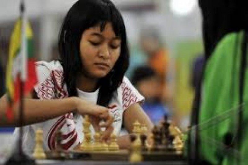 Medina Raih Gelar Woman Grandmaster di Turki