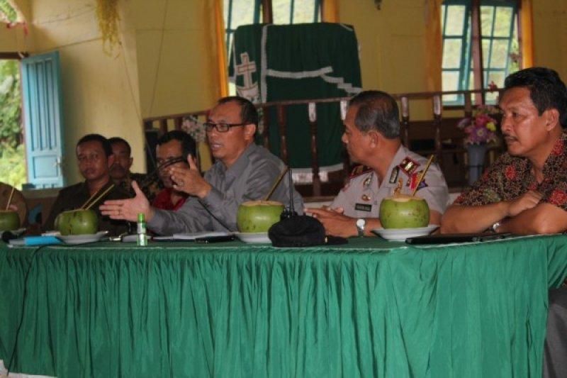 Bupati Mentawai: Kalau Kita Damai Pembangunan Cepat