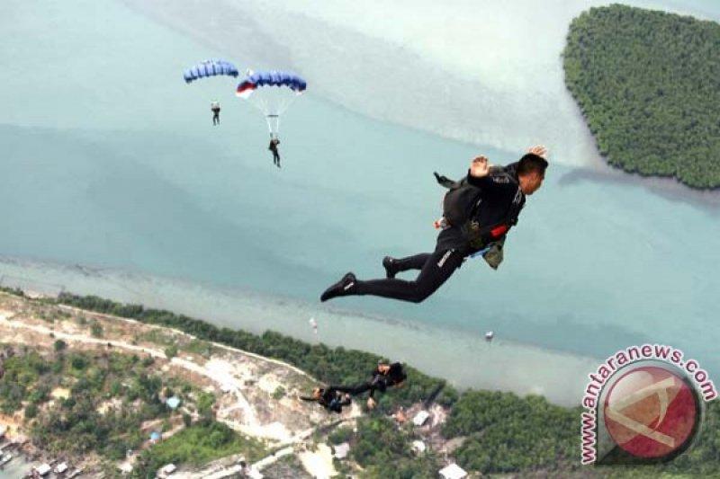 Terjun Free Fall Taifib - ANTARA News