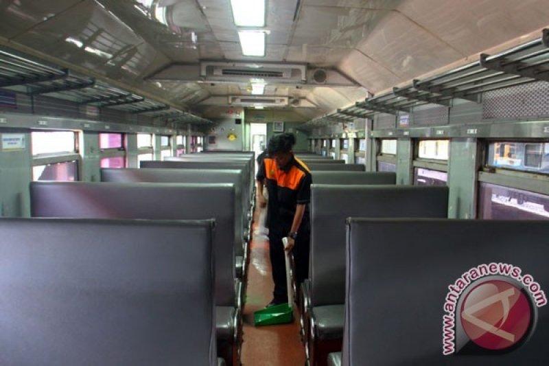 Potongan 5-10 persen harga tiket KA dari Surabaya selama April-Juni