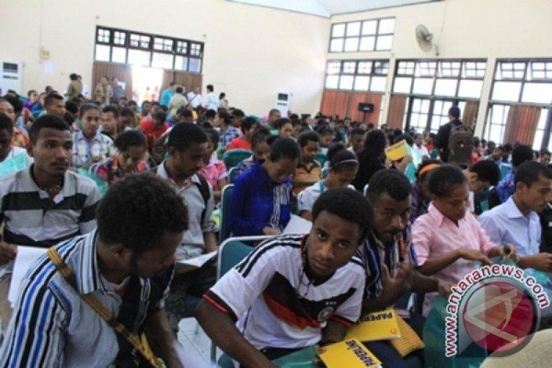 Pemprov Papua dorong penerima beasiswa selesaikan kuliah secepatnya