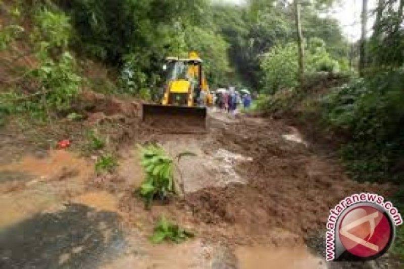Warga Dikawasan Megalitikum Besoa Butuh Infastruktur Jalan