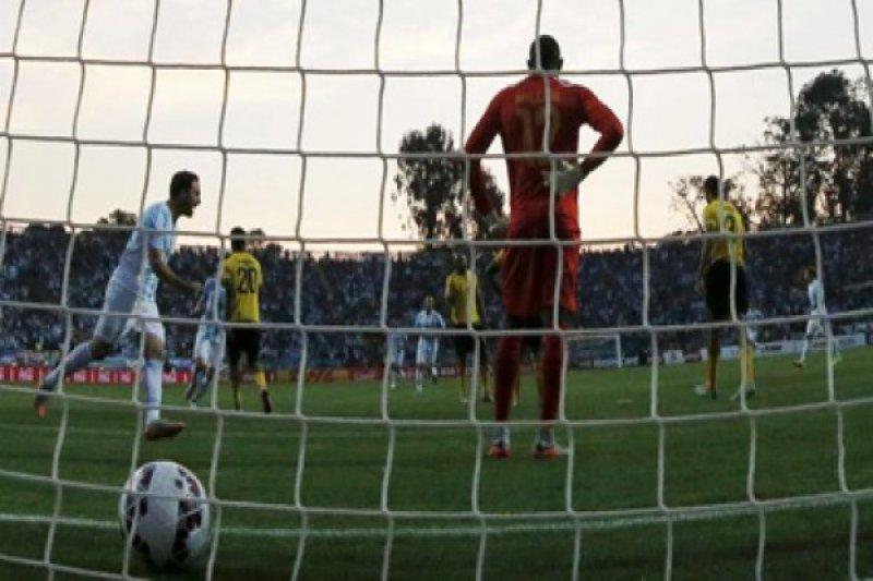 Higuain bawa Argentina menang 1-0 atas Jamaika