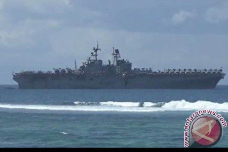 Kapal perang AS terbakar di San Diego, 21 kru cedera