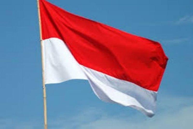 Pengibaran Bendera Merah Putih sebulan penuh di Makassar belum tersosialisasi