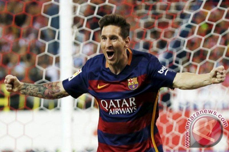 Barcelona Hajar Levante 4-1