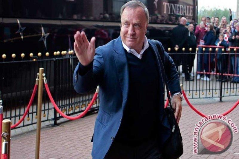 Dick Advocaat siap latih Feyenoord