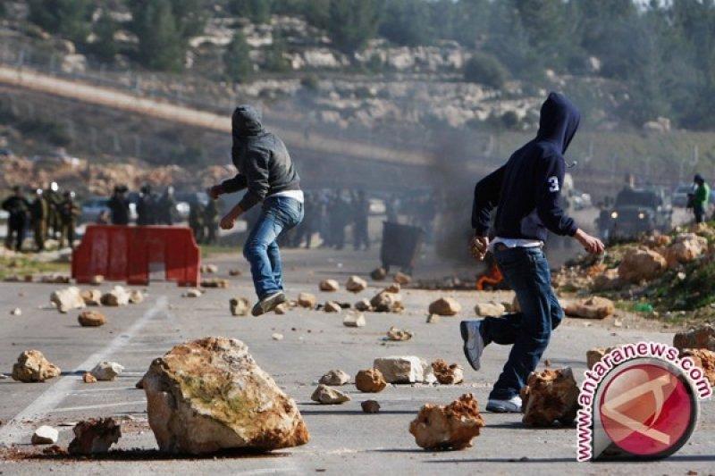 Warga Palestina tewas dalam bentrokan dengan pasukan Israel
