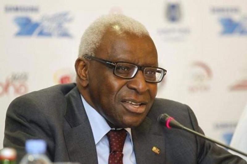 Lamine Diack bakal diadili di Prancis terkait korupsi