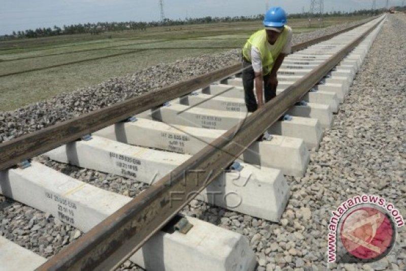 Kemenhub re-orientasi proyek kereta api Sulsel