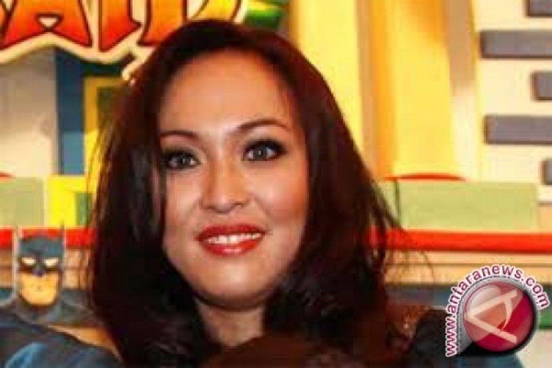 Mahkamah Agung Kurangi Hukuman Angelina Sondakh