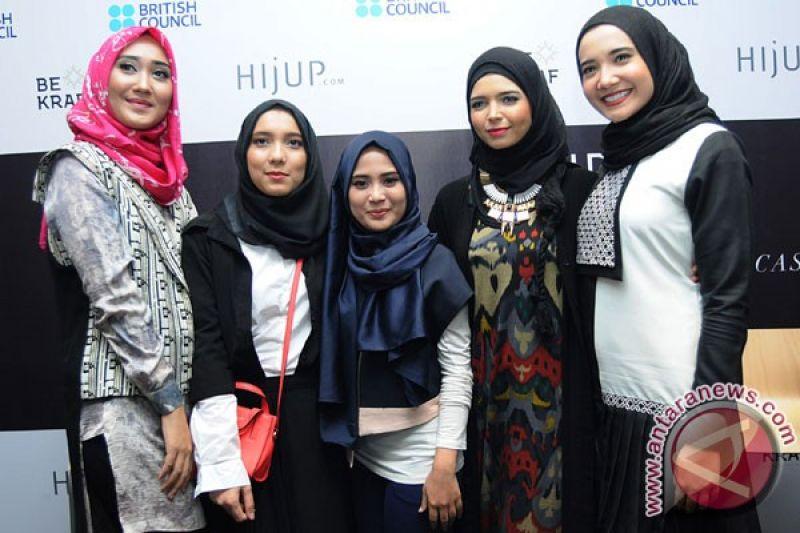 Perancang Indonesia Promosikan Busana Muslim Di Inggris Antara News