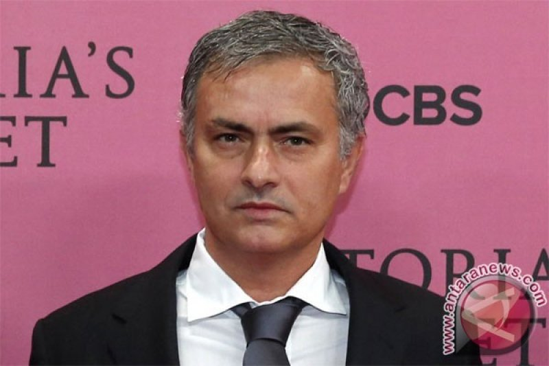 Kembalinya Mourinho ke planet sepak bola