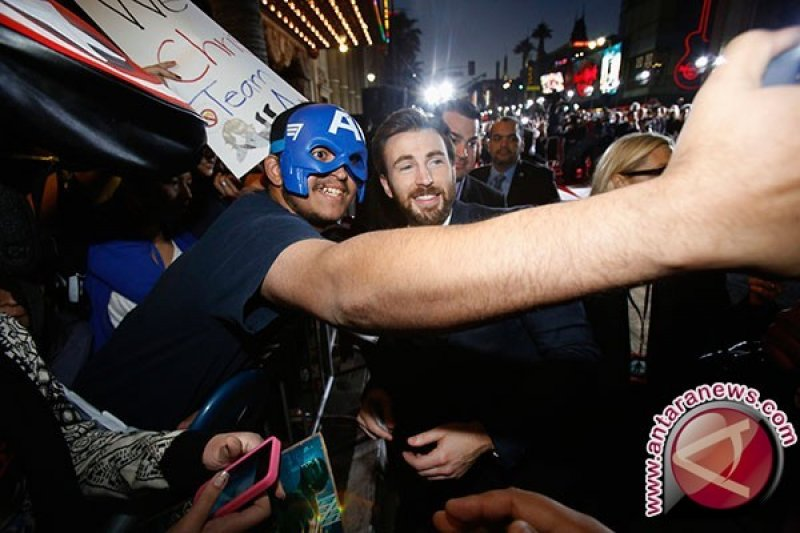 Tanggapan para aktor terkait pengunduran diri Chris Evans dari Avengers