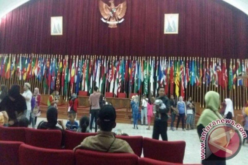 Jalan Asia-Afrika Bandung Ditutup Sementara