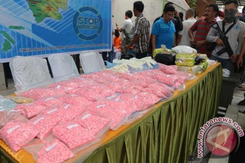 Polisi Sita 21.490 Butir Narkoba jenis Zenith, seorang Bandar Diamankan