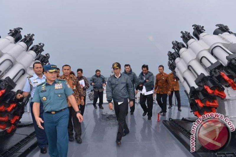 Hikmahanto: Kunjungan Jokowi ke Natuna Bukti Ketegasan terhadap Klaim China