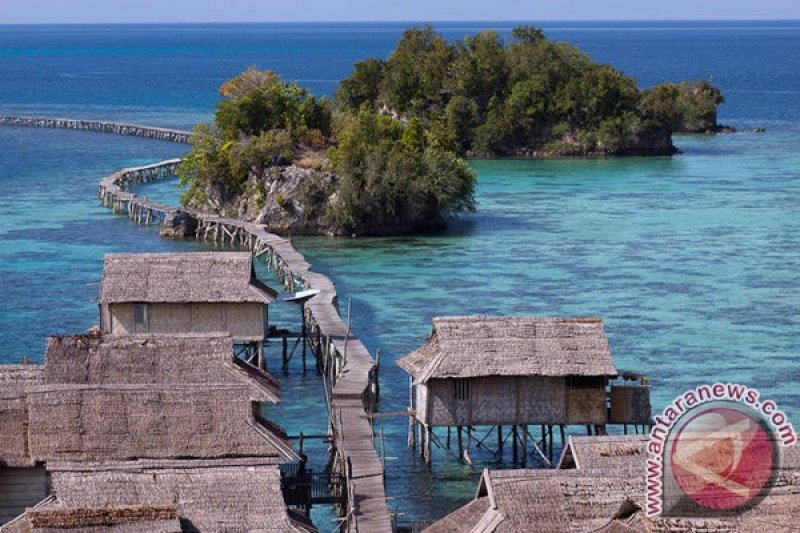 Thousands Of Foreign Tourists Enliven Togean Festival