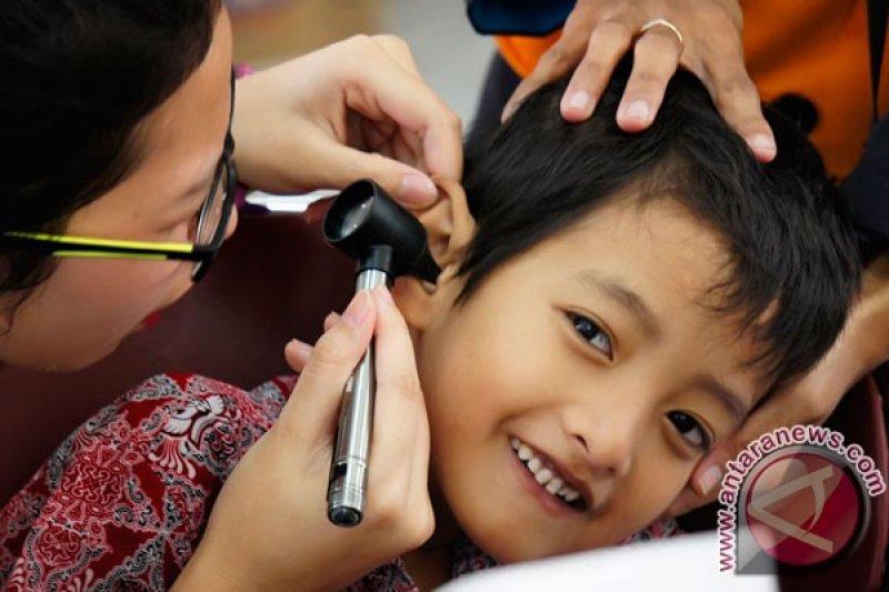 Kesehatan telinga perlu dijaga agar tidak tuli saat tua