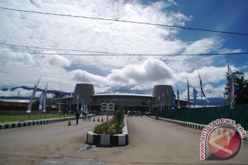 Flash - Aksi demo anarkis, aktivitas penerbangan ke Wamena dihentikan sementara
