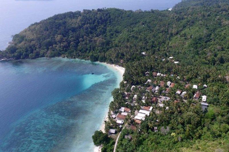 Tim FT UBL Eksplorasi Pulau Tanjung Tikus